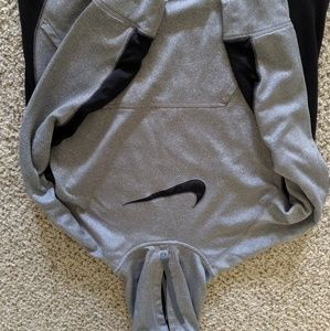 Men's Nike Hoodie (L)